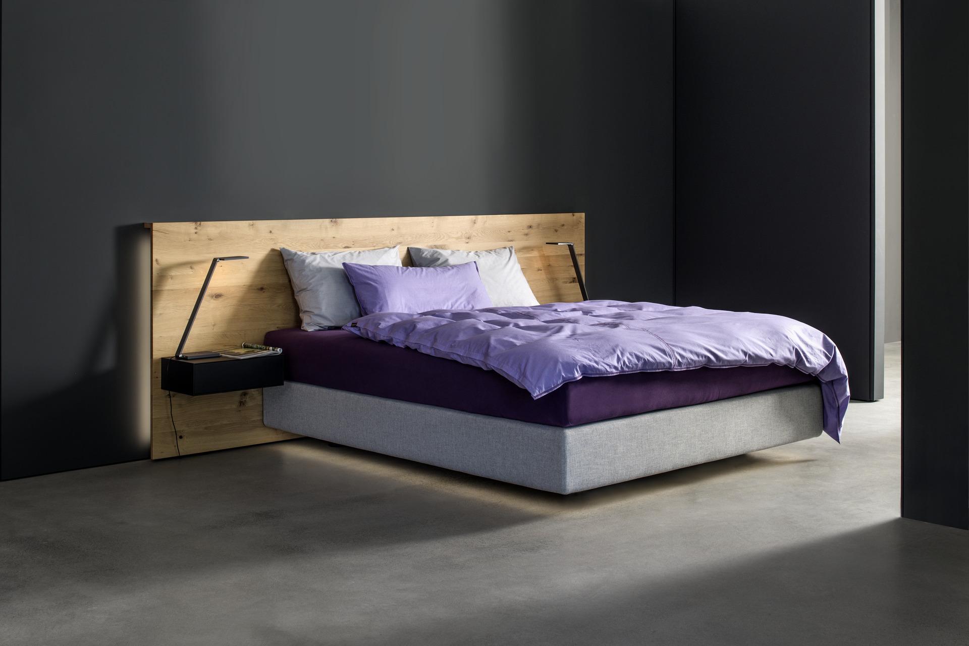 wandpaneel bett wandpaneele mit steinoptik fr die wand. Black Bedroom Furniture Sets. Home Design Ideas